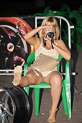Blonde on the chair upskirt foto